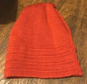 Wigwam Red Winter Beanie Style Cap / Hat (PB) ~ 100% Wool