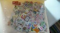 2094        lot 1000 timbres seconds plusieurs pays
