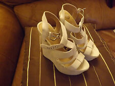 Ladies size 6 39 beige faux suede sandal strappy wedge strappy sandal Brand new