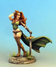 DARK SWORD MINIATURES - DSM7541 Pinup Female Warrior