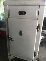 1932-40 Sparks Withington Refrigerator Vintage Antique