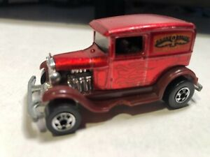 1/64 HOT WHEELS VINTAGE FROM 1977 FORD EARLY TIMES DELIVERY RED