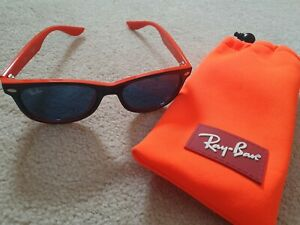 Boys Ray ban sunglasses, blue/orange.