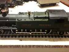 00 Gauge Airfix Loco Engine  2-6-2  with 3 Carriages