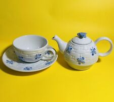 Andrea By Sadek 1 Set Tea Teapot/cup/saucer Bee Beehive Blue/white New (21514)