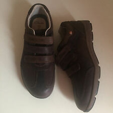 NEW CLARKS UN STRUCTURED UN STYLE JUNIOR BOYS COMFY LEATHER SHOES SIZE 2 F