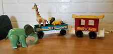 VINTAGE FISHER PRICE LITTLE PEOPLE CIRCUS TRAIN CARS WITH ZOO ANIMALS