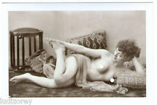 CP B32 REPRO MISS NUE SEXY PIN-UP TOPLESS PROSTITUEE PULPEUSE ALANGUIE COUSSIN