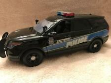 1/18 SCALE BALTIMORE MARYLAND POLICE UT  FORD SUV W/WORKING LIGHTS AND SIREN