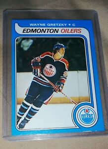 MINT WAYNEGRETZKY OLD SCHOOL CARD EXCELLENT CONDITION JUST LIKE NEW