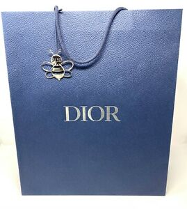 CHRISTIAN DIOR XL SIZE GIFT BAG/SHOPPING BAG Comes with Metal Keychain