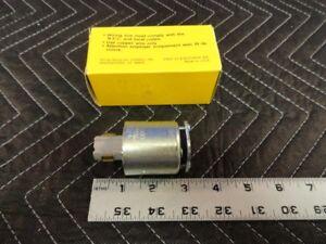 Hubbell Twist Lock 23014HG 125V 20A Hospital Grade 2P 3 Wire Plug Grounding G23