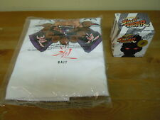 Kidrobot x Street Fighter SDCC 2013 Bait Exclusive Akuma Figure & T-Shirt Size M