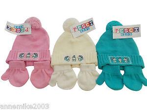 Bnwt Mädchen Winter Strick Ente Mütze & Handschuhe rosa creme oder grün 6-12 & 12-24 ALLINONE