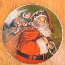 1987 Avon Christmas Plate The Magic That Santa Brings Porcelain 22K Gold Trim