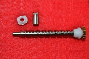 1 NEW ABU Garcia Ambassadeur 6000 6500 6600 Worm Gear 5205 & Line Pawl 5176 set