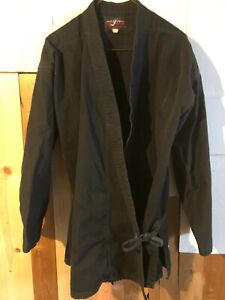AWMA Black Gi Martial Arts Uniform Karate Judo size 5 (adult size L)