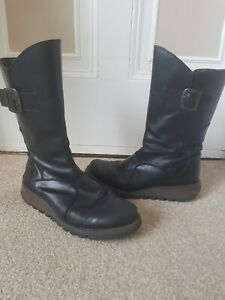 Fly London black leather boots size 39 ( UK 6 )