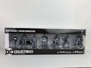 DC Collectibles Batman Black and White 7-Pack PVC Mini Figures - Series 3 New