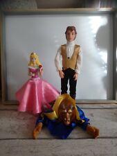 Lot poupée belle robe tournante et la bête Disney