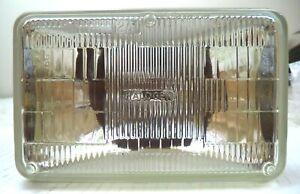 GE 12V Sealed Long-Life Rectangular Halogen Headlight, P/N H5062