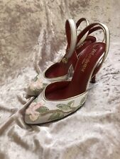 Yves Saint Laurent Rive Gauche Taupe Satin Floral Embroidered Heel Sz 37 US 7
