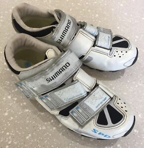 Shimano ladies size 40 specific Fit SPD offset spinning / Cycling shoes