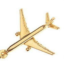 Boeing 777 Key Ring with Gold Plated finish