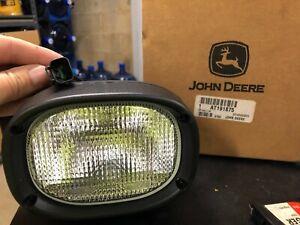 JOHN DEERE AT191875  FLOOD LIGHT WORK LIGHT