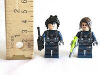 LEGO Jurassic World Dilophosaurus Outpost Attack 75931 2x Guards Minifgure Lot