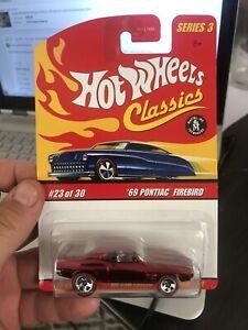 HOT WHEELS CLASSICS '69 PONTIAC FIREBIRD DARK RED REDLINESSERIES 3 Die Cast