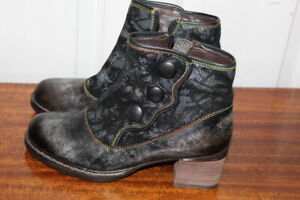 L'ARTISTE GABORY BY SPRING STEP SHOES/BOOTIES BLACK/GRAY SZ 37/US 6 NWOB