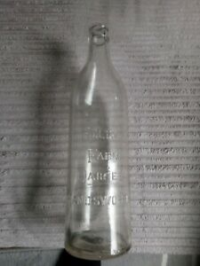 Very nice 1930s milk bottle HOLLY FARM DAIRIES, HANDSWORTH. GOOD!