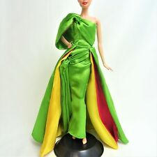 Verde Oro Y Red Fitted Lady Tremaine Vestido Para Muñeca Barbie No Disney