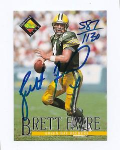 1994 PRO LINE LIVE Brett Favre ON CARD AUTO S/N 587/1130 Green Bay Packers HOF