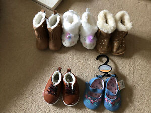 Baby Girls Age 3-6 Months Soft Shoes/boots X5 Includes Unicorn Slipper Boots