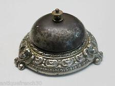 Ancienne sonnette de table bronze argenté, décor de chérubins, bell ring hotel