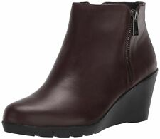 Naturalizer Women's Landry Water-Repellent Ankle Boot, Chocolate Leather