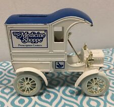 Ertl Die Cast Metal Bank With Key 1905 Ford Delivery Truck Collectible