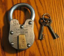 RMS TITANIC 1912 Padlock Beautiful working model lock. Use this on your boat!