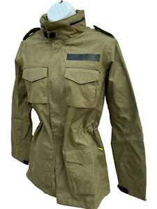 Nuovo Nike Abbigliamento Sportivo Donna Militare TECH PACK M65 Parka Cachi S