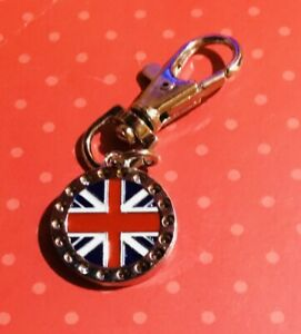 BRITISH BULLDOG.Collar Charm. CLIP.UNION JACK FLAG..Clip.On LEAD.HARNESS .NEW.