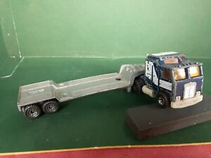 VINTAGE MATCH BOX ,KENWORTH PRIME MOVER MADE IN MACAU AND LOWLOADER MADE IN ENGL