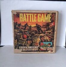 """Very Rare TRIANG  """"The Battle Game""""    EXCELLENT"""