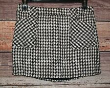 Smart Set Size 9 Women's Brown and White Houndstooth Mini Skirt with Pockets