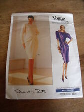 "VINTAGE  ""VOGUE CREATION OSCAR DE LA RENTA  ROBE DU SOIR  TAILLE  12/14/16"