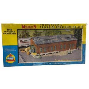 HO Scale AHM Minikits Transfer Warehouse #5866, BNOS Vintage