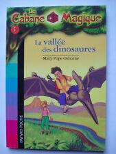 "Livre ""la cabane magique"" N°1 LA VALLEE DES DINOSAURES Bayard poche"