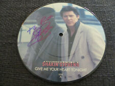 SHAKIN STEVENS signed signiert Autogramm GIVE ME YOUR HEART TONIGHT InPerson