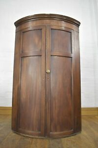 Antique Victorian bow front wall mounted corner cupboard / cabinet